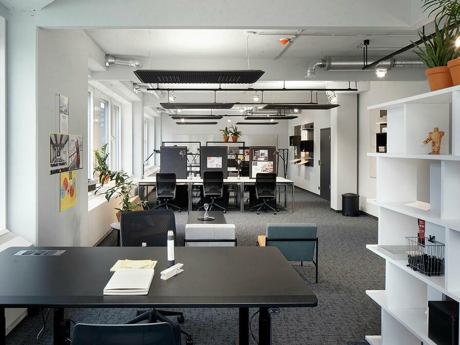 Grazie al colore bianco delle pareti, tu e i tuoi dipendenti sarete soddisfatti