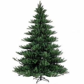 Umelý vianočný stromček Jedľa Nordmann Alnwick 270 cm